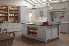 modern-contemporary-classic-georgia-painted-light-grey-kitchen-hero